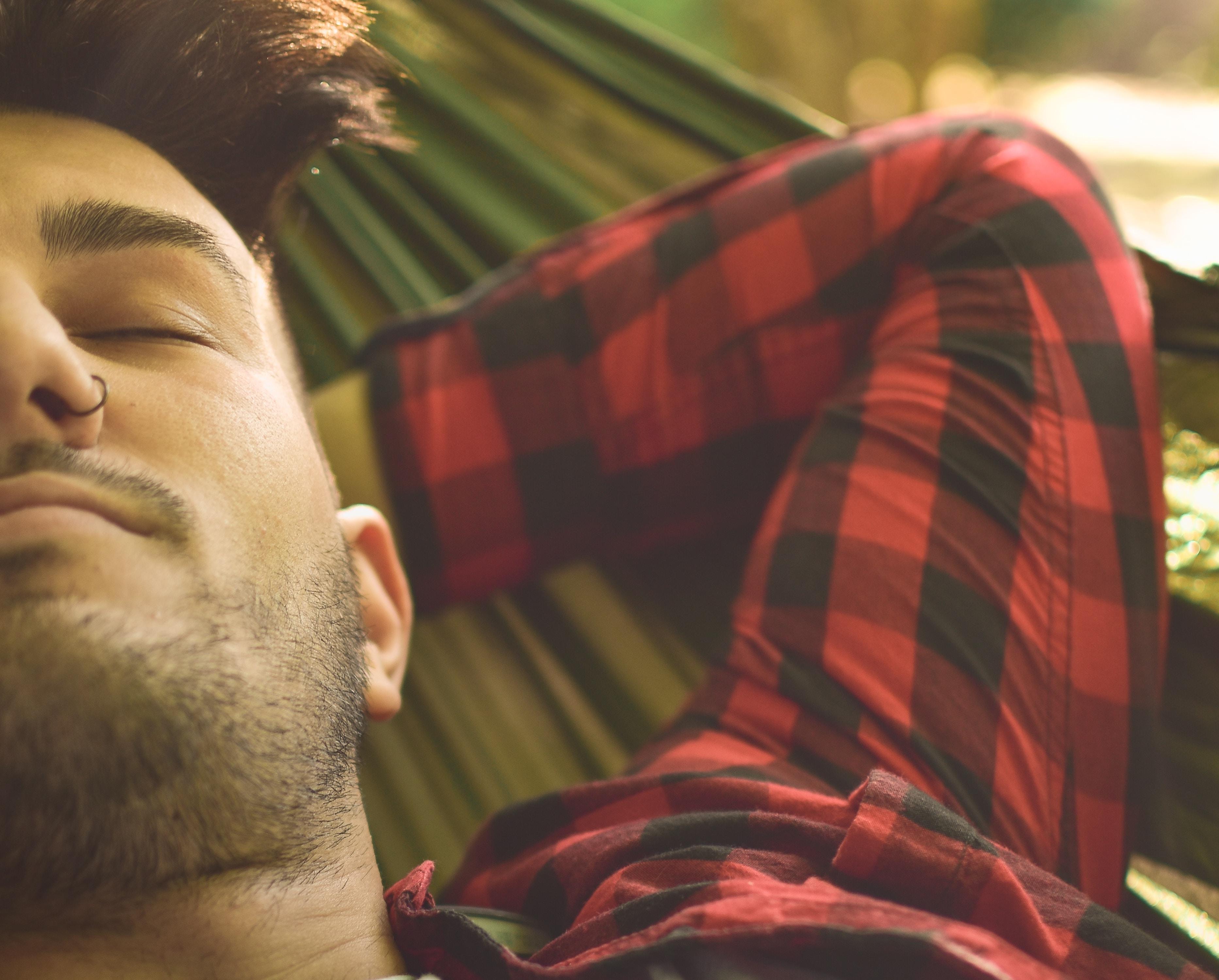 Männer: Schneidet eure Nasenhaare! 5